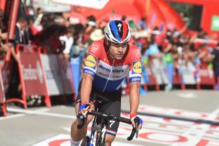 Jakobsen eerlijk over lastige slotfase in Vuelta: 'Mijn benen zeiden boem'