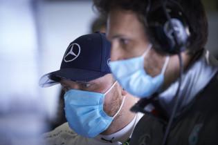 Ondertussen in de F1 | Nieuwe outfits Mercedes onthuld