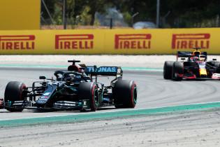 Mercedes: 'We waren aan het wachten op de stop van Verstappen'