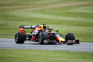 VT2: Bottas de snelste, Verstappen naar P7, Ricciardo valt stil