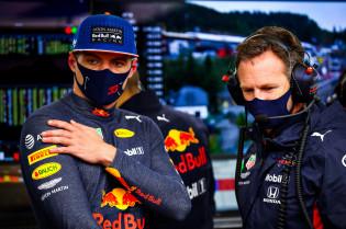 Verstappen over verplichte pitstops: 'Je wilt niet op de moeilijkste compound rijden'