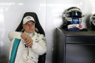 'Bottas wil met snelle contractverlenging bij Mercedes promotie Ocon blokkeren'