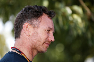 Horner 'gefrustreerd': 'Met paddock in lockdown konden we racen'