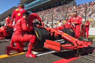 Greep de wedstrijdleiding in Japan niet in? 'Ferrari meldde dat Leclerc zou stoppen'