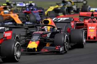Hamilton: 'Verstappen en Leclerc kunnen in de toekomst wereldkampioenen worden'