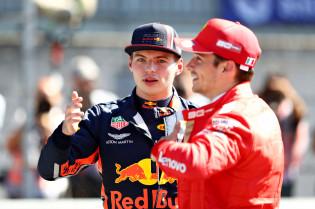 Doornbos ziet voordeel voor Leclerc op Verstappen: 'Nog niet gemaximaliseerd'