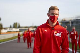 Schumacher loopt F1-debuut mis: 'Waarschijnlijk komen de gesprekken nog wel'