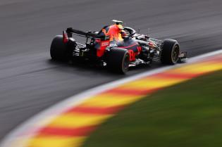 Albon lovend richting Red Bull: 'We winnen elk weekend tijd'