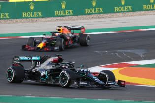 Ecclestone: 'Dan is het nog maar de vraag of Hamilton weinig fouten maakt'