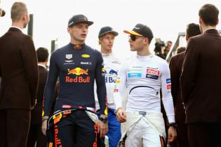 Vandoorne spiekt bij Mercedes: 'Ik snap wel dat het voor Max lastig begint te worden'