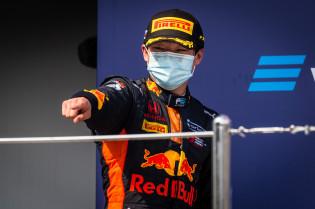 Tsunoda: 'Mijn droom is wereldkampioen te worden, maar mijn doel is de F1 te halen'