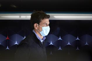 Wolff ziet racen in Amerika niet voor zich: 'Carey houdt deur op een kier'