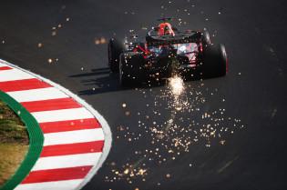 Startopstelling GP Portugal: Mercedes leidt, Verstappen dichtbij op P3