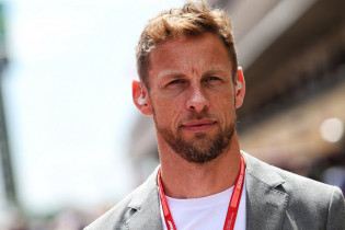 Button: 'Hamilton gaat acht wereldkampioenschappen winnen'
