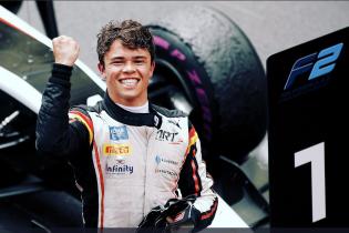De Vries verovert eerste Nederlandse Formule 2-titel ooit