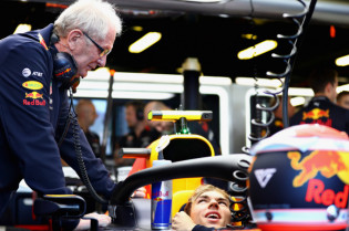 Marko vergelijkt Verstappen met Gasly: 'Hij zou meer zelfvertrouwen hebben gehad'