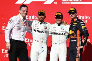 Update   Symonds: 'Schokkend hoe lang rivalen erover deden om Mercedes bij te halen'