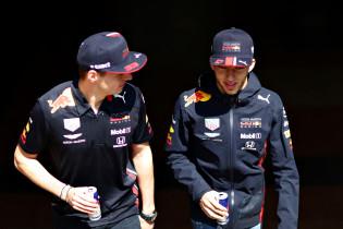 Wolff houdt vol: 'Verstappen en Gasly waren bij momenten sneller dan Mercedes'
