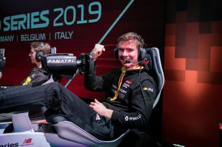 Inside Simracen | F1 Esport-rijder Opmeer heeft één doel: 'Kampioenschap winnen'