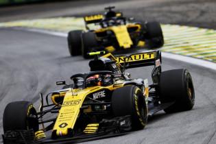 Renault laat topman Ghosn 'in leven'