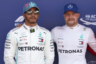 Verstappen buigt voor overtuigend Mercedes bij spannende kwalificatie Monaco