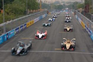 Formule E Grand Prix van Saoedi-Arabië met de Vries en Frijns eindigt in P5 en P6