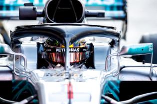 Hamilton pakt pole-position in Abu Dhabi, Verstappen start vanaf P6