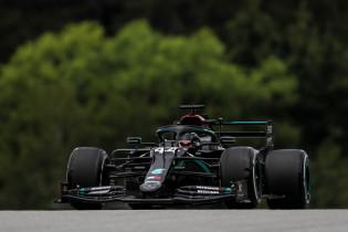 Wolff: 'We komen vrijdag met oplossingen voor versnellingsbakproblemen'