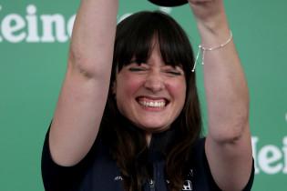 Red Bull bedankt Schmitz voor gewaagde keuze: 'Ik ben voor girl power!'