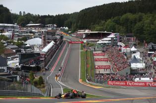 Ondertussen in de F1 | De gruwelijke inhaalactie van Verstappen op Spa