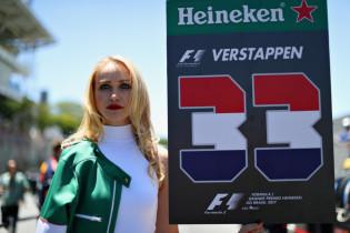 Officiële startopstelling GP Verenigde Staten: Perez vanuit pit, Bottas op pole