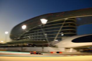 Derde vrije training: Snelste tijd voor Hamilton, Verstappen vierde, Ricciardo valt stil