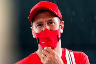 Vettel over Racing Point: 'Ik denk dat het team groeiende is'