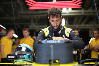Abiteboul hint op vertrek Ricciardo: 'Willen talent een kans geven in 2021'