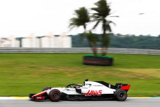 McLaren-baas hekelt werkwijze Haas: 'Zullen zo nooit een topteam worden'