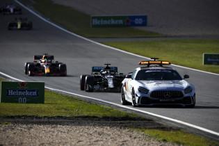 Mercedes: 'Als Verstappen niet stopte, was er voor ons geen reden om wél te stoppen'