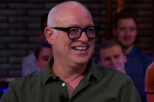 Van der Gijp voorspelt: 'Verstappen wordt groter dan Johan Cruijff'