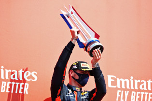 Palmer: 'Verstappen bezorgt het team hoofdpijn in zoektocht naar een tweede coureur'
