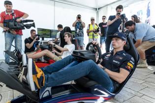 Verstappen en Team Redline knap tweede in Petit Le Mans na veel schade