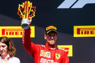 Palmer ziet vergelijking met tijdstraf Verstappen: 'Toen was Ferrari het daarmee eens'