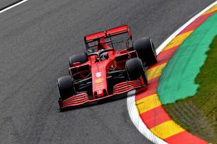 Vettel kent zijn probleem: 'Leclerc voelt de grip in de auto beter dan ik'