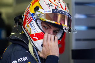 Video | Verstappen verliest race in laatste ronden GP Hongarije