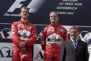 F1 Kijktip | Schumacher en Barrichello druipen weg onder hels fluitconcert