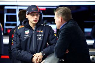 Verstappen sr. spreekt vertrouwen uit in Red Bull: 'Ook richting 2021'
