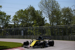 Ricciardo over 2021-bolides: 'Ik denk dat we daarom minder inhaalacties gaan zien'