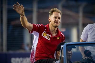 Snoeiharde kritiek op Vettel: 'Ik ben ervan overtuigd dat Leclerc hem direct gaat verslaan'