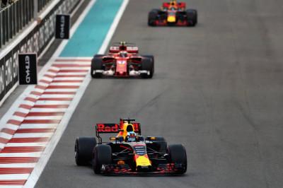 Vorig jaar | Verstappen kan geen gooi doen naar podiumplaats