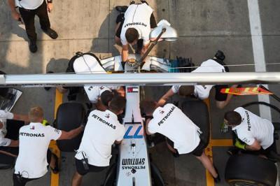 Wolff eist scherpte bij Mercedes: 'We zijn er nog lang niet'
