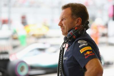 Ondertussen in de F1 | Horner staande gehouden in de VS?