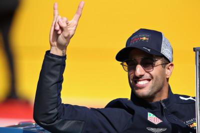 Ricciardo ziet Verstappen tweede worden: 'Dat maakt het nog zuurder'